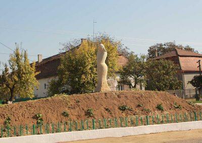 "Hidi Endre ""Ilka"", homokkő, 2 m, Borzsava"